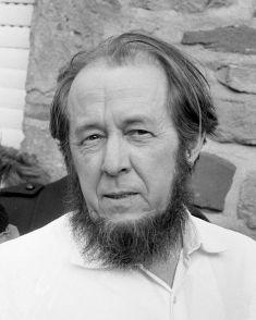 Aleksandr_Solzhenitsyn_1974crop